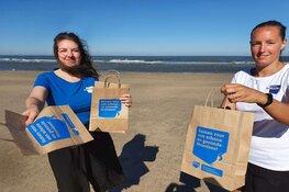Stichting De Noordzee roept strandgangers op om ook in coronatijd het strand schoon te houden