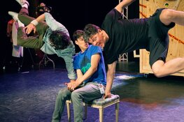Krankzinnige humor en magische theatertovernarij