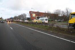 Zwaargewonde bij fors ongeval N208 bij Velserbroek: weg afgesloten