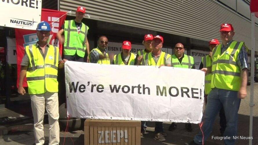 Werknemers Paragon voeren opnieuw actie in buitenland om ontslagregeling