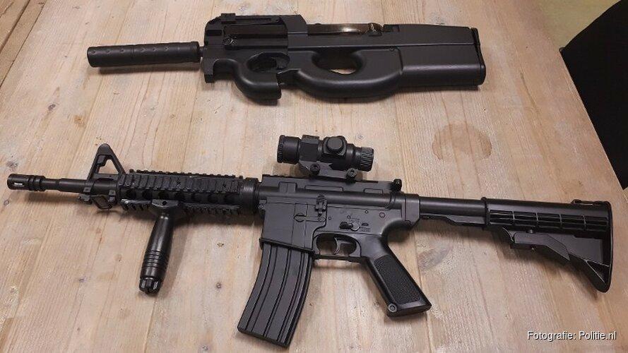 Politie twee keer in actie wegens nepvuurwapens