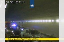 Velsertunnel afgesloten door ongeluk: omrijden via A9