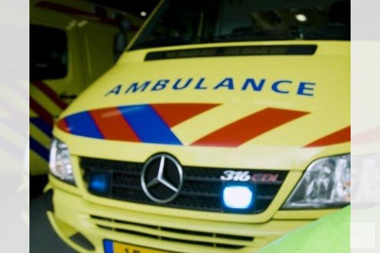 Motoragent gewond na botsing met auto
