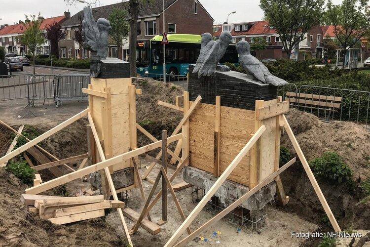 Kunstwerk Mussies weer teruggeplaatst in Beverwijk